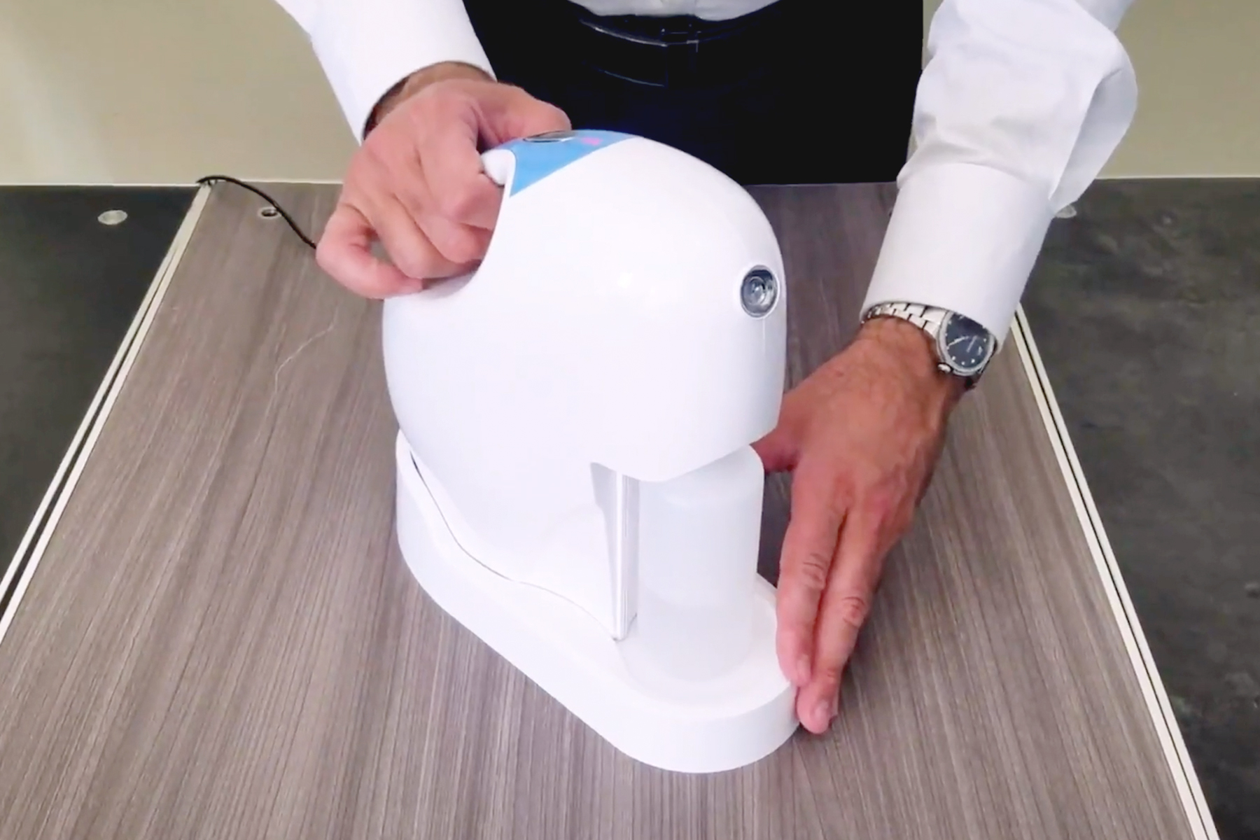 Germbuster Cordless on table